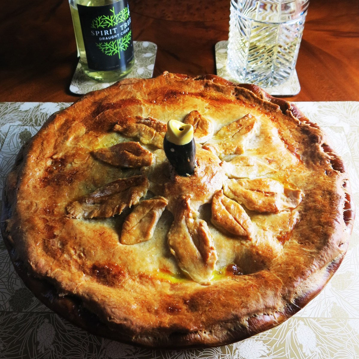 PORK, APPLE AND CIDER PIE