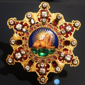 Gold, diamonds, rubies and garnets on an Order of the Lion. France 1840-60