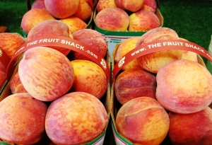 Tree ripened peaches at The Fruit Shack