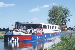 The Lafayette on the Canal de Bourgogne