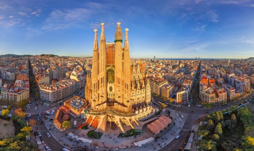Featured image - La Sagrada Familia in Barcelona
