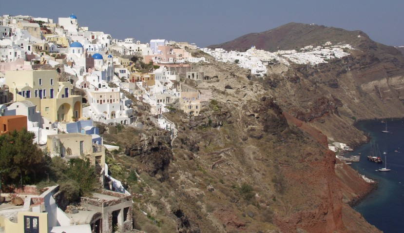 Featured image - Oia, on the Greek island of Santorini