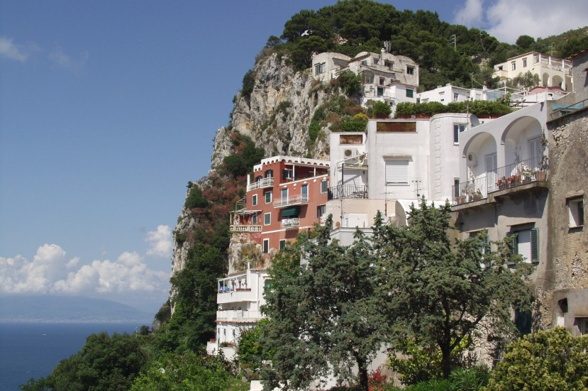 Featured image - cliffside houses on Capri