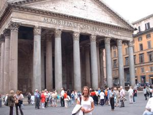 Gail in front of the Pantheon