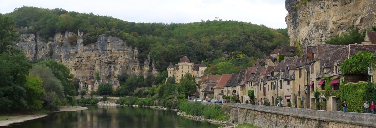 DRINKING IN THE DORDOGNE (PART 2)