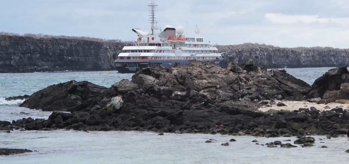 THE GORGEOUS GALAPAGOS: DARWIN'S DREAM DESTINATION