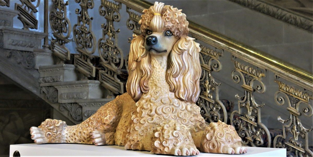 CHATSWORTH: GOING TO THE DOGS